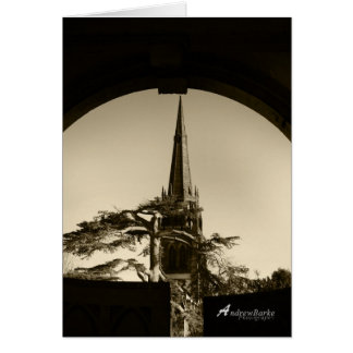 Iglesia en la puerta en tarjeta de B&W.Birthday