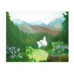 iglesia en un valle tarjetas postales