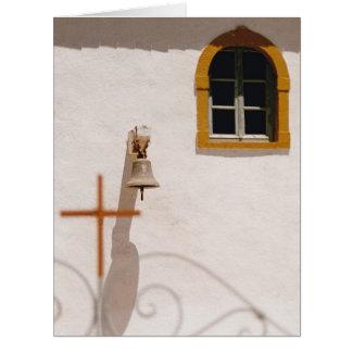 Iglesia griega con la cruz y Bell en una tarjeta G