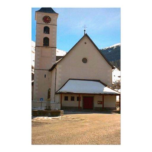 Iglesia moderna en las montañas suizas personalized stationery