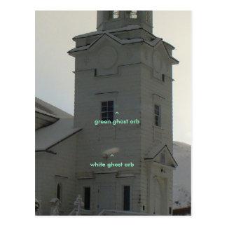 Iglesia ortodoxa rusa con los orbes del fantasma tarjetas postales