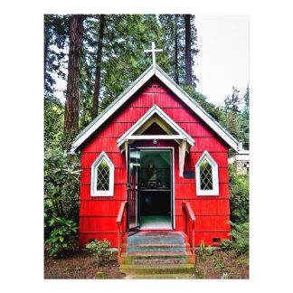 Iglesia roja en aviador de maderas tarjetas informativas
