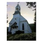 Iglesia sagrada del corazón - Bosque verde Tarjetas Postales