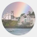 Iglesia y arco iris etiquetas