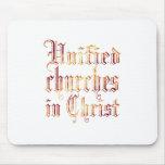 Iglesias unidas en Cristo Alfombrilla De Ratones