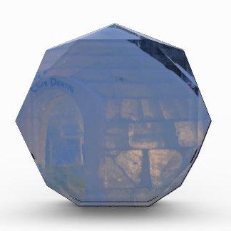 Igloo  building water crystals  compression award