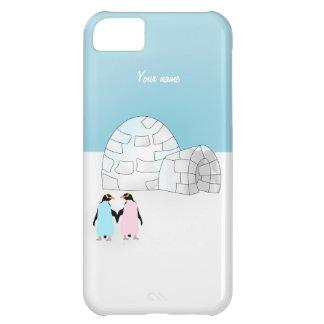 Iglú con los pingüinos coloreados carcasa iPhone 5C