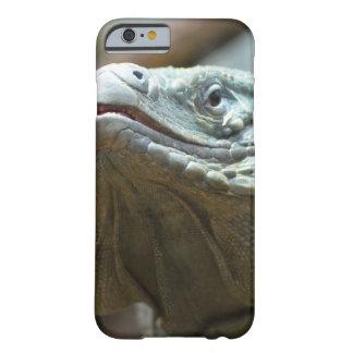 Iguana de Gran Caimán Funda De iPhone 6 Barely There