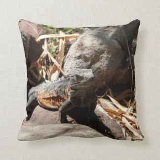 Iguana disimulada cojin