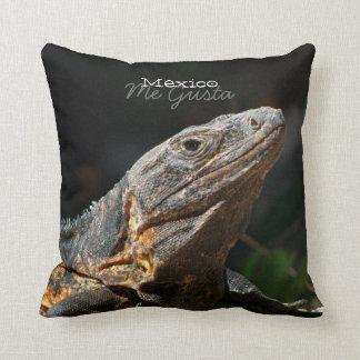 Iguana en el Sun; Recuerdo de México Almohada