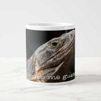 Iguana en el Sun; Recuerdo de México Tazas Extra Grande