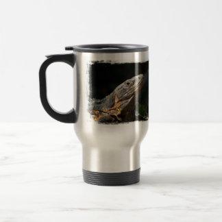 Iguana en el Sun Taza De Café