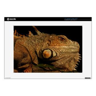 """Iguana on Black Background Skin For 15"""" Laptop"""