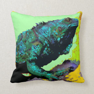 Iguana verde del verano por Sharles Cojin