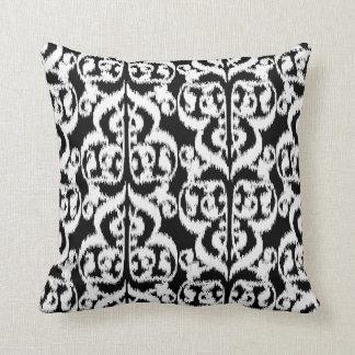 Ikat Moorish Damask - white and black Pillows