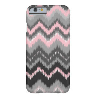 Ikat rosado y gris Chevron Funda Para iPhone 6 Barely There
