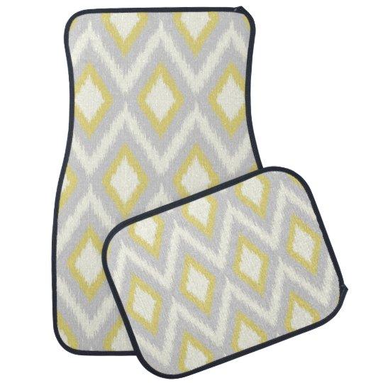 Ikat tribal gris y amarillo Chevron Alfombrilla De Auto
