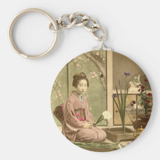 Ikebana - Beautiful Kimono Girls Arranging Flowers Basic Round Button Keychain