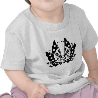 Ikeda que hace frente a mariposas camiseta