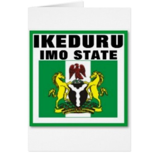 Ikeduru, OMI indica la camiseta de Nigeria y el et Felicitacion