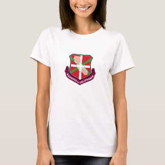 Ikurrina shield: Basques in California, T-Shirt