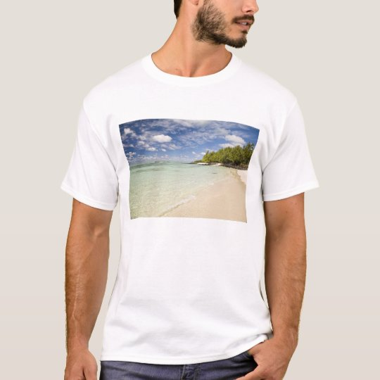 Ile Aux Cerf, most popular day trip for 2 T-Shirt