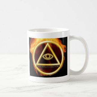 Illuminati en el fuego taza