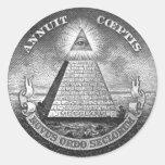 Illuminati todo el ojo que ve etiqueta redonda
