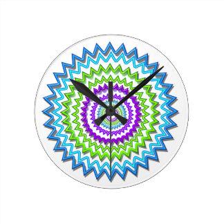 Ilumine BlueStar Chakra - púrpura en el corazón Reloj Redondo Mediano