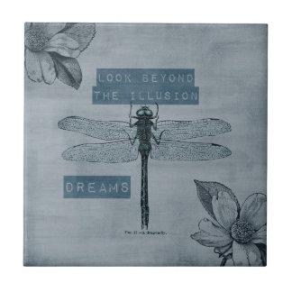 Ilusión ideal de la libélula azulejo cuadrado pequeño