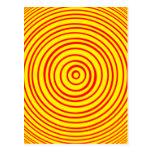 Ilusión óptica amarilla roja de Oddisphere Tarjeta Postal