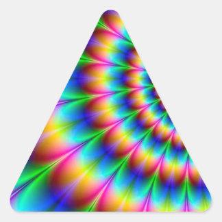 Ilusión óptica espiral del arco iris pegatina triangular