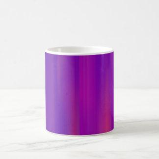 Ilustraciones abstractas azules y rosadas: taza