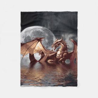 Ilustraciones de la fantasía del dragón y de la manta de forro polar