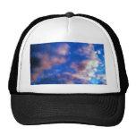 Ilustraciones de las nubes gorras de camionero