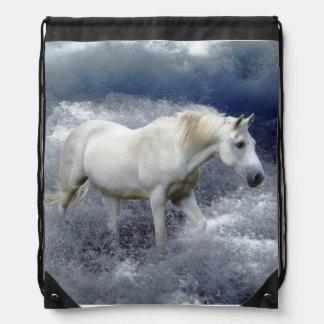 Ilustraciones del caballo blanco de la fantasía y  mochilas