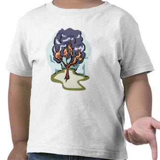 Ilustraciones del cristiano de la zarza ardiente camiseta