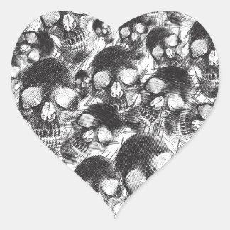 Ilustraciones incompletas de los cráneos pegatina en forma de corazón