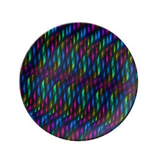 Ilustraciones magentas azules del extracto del mos plato de cerámica