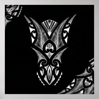 Ilustraciones maoríes del tatuaje con diseño del k póster