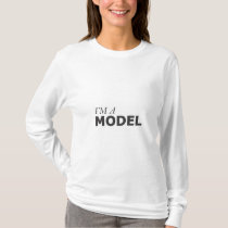I'M A MODEL/GYNECOLOGIC-OVARIAN CANCER T-Shirt