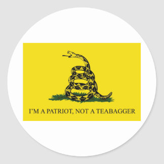 I'm a Patriot, Not a Teabagger Classic Round Sticker