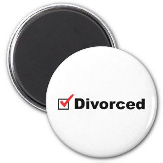 I'm Divorced And Available Magnet