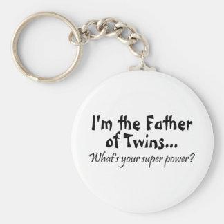 Im el padre de gemelos cuál es su superpoder llaveros