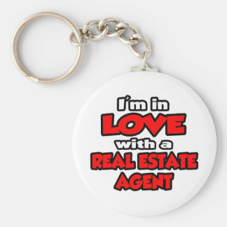 I'm In Love With A Real Estate Agent Basic Round Button Keychain