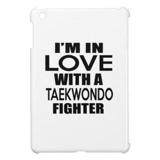 I'M IN LOVE WITH TAEKWONDO FIGHTER iPad MINI COVER
