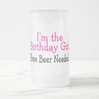 Im la cerveza libre del chica del cumpleaños neces tazas