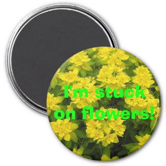 I'm stuck on flowers! magnets