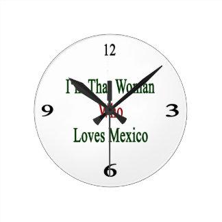 I'm That Woman Who Loves Mexico Round Wallclocks