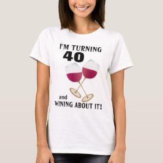 I'm turning 40 and wining glitter wine glasses T-Shirt